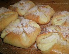 Branzoici Hungarian Desserts, Romanian Desserts, Romanian Recipes, Easy Desserts, Dessert Recipes, Tapas, Romania Food, Queso Fresco, Bakery Recipes