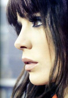 Smokey eyes and nude lips-love it!