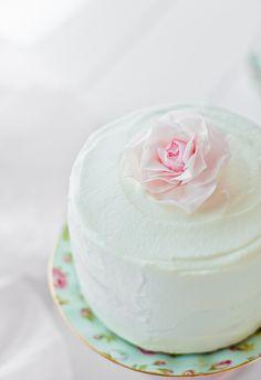 Why Sponge Cake Will Be This Summer's Dessert Du Jour