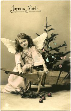 This is a darling Angel Girl Photo Image!! This Vintage Postcard shows a pretty little Girl dressed up as a Christmas Angel. She's wearing a pretty pink ...