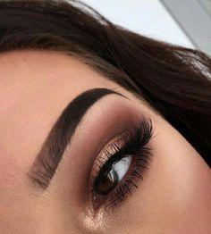 Gorgeous Makeup: Tips and Tricks With Eye Makeup and Eyeshadow – Makeup Design Ideas Cute Eye Makeup, Natural Eye Makeup, Gorgeous Makeup, Makeup Lips, Makeup Guide, Eye Makeup Tips, Makeup Goals, Makeup Ideas, Makeup Hacks