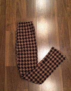 Black/Brown Houndstooth Leggings    https://www.facebook.com/431114316922827/photos/a.855743194459935.1073741855.431114316922827/867263309974590/?type=3&theater