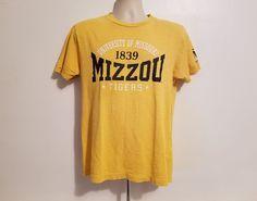University of Missouri Tigers MIZZOU Adult Medium Yellow TShirt #ColosseumAthletics #BasicTee #MissouriTigers