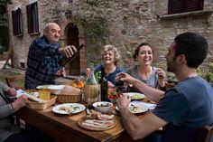 Umbrie door Steve #McCurry in 'Sensational Umbria'   www.regioneumbria.eu