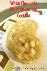 White Chocolate Macadamia Nut Cookies - soft, chewy cookies with the crunch of macadamias! #cookies