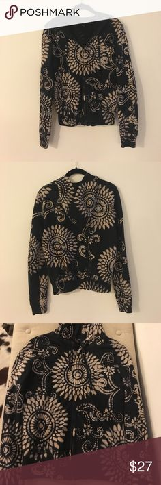 Luck Brand Vintage-inspired Paisley Zip Hoodie Barely-worn Lucky Brand Vintage-inspired paisley hoodie with front pockets. Black and cream. Perfect hoodie for nights on the beach. 100% cotton. Lucky Brand Tops Sweatshirts & Hoodies