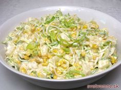 Fine and slightly creamy salad full of delicious vegetables, corn and pineapple, . - Home Office - Salade Recept - Fitness Dutch Recipes, Russian Recipes, Raw Food Recipes, Salad Recipes, Cooking Recipes, Healthy Recipes, Borscht Soup, Cabbage Salad, Healthy Snacks
