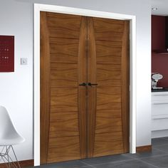 Pamplona Walnut Prefinished Door Pair. #pamplonadoubledoors #internaldoors #moderndoors