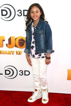 "Breanna Yde - Premiere Of Open Road Films' ""The Nut Job"" - Arrivals"