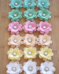 6 EDIBLE WAFER PAPER flower perfect for weddings,birthdays, cakes, cookies, sweets