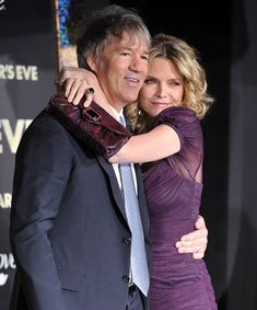 Michelle Pfeiffer & David E. Kelley - married 18 years