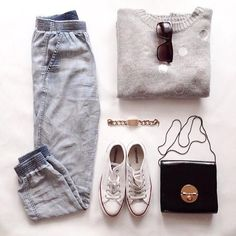 3 Cool Fashion Flat Lay Photos from Instagram!