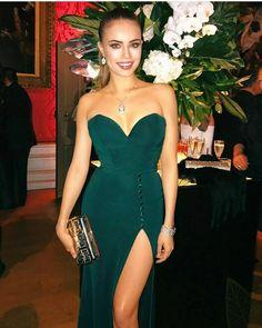 Kensington Palace Instagram, Elite Model, Xenia Tchoumitcheva, Eyes On Me, Strapless Dress Formal, Formal Dresses, Evening Dresses, Bvlgari, Looking Stunning