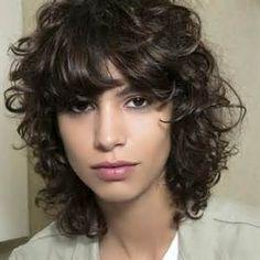 Recherche Comment gerer des cheveux secs. Vues 12555.