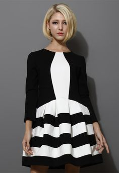 Contrast Two Tones Strips Dress in Black