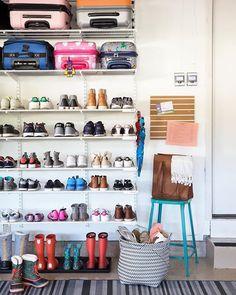 Garage mudroom Simple DIY: Floating Shelves Tutorial + Decor Ideas - simply organized Your One Year- Garage Shoe Storage, Garage Organisation, Garage Storage Solutions, Garage Shelving, Home Organization, Kids Shoe Storage, Organisation Ideas, Organizing Ideas, Mud Room Garage