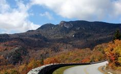 Take a leaf-peeping road trip on the Blue Ridge Parkway!