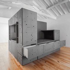 Wouldn't it be great to have a whole apartment at the snap of your fingers? Turns out you can, sort of. The Portugal-based design firm OODA has come up with innovative, unique free standing volumes, which can turn any room into a home, and can be folded down into a box for transport.