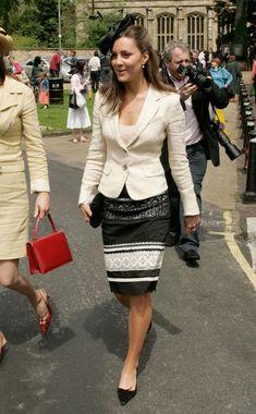 Street fashion, Clothing, Photograph, Fashion, Snapshot, Leg, Outerwear, Street, Footwear, Beige,