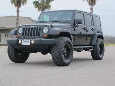 """2013 JEEP WRANGLER UNLIMITED, 2.5"""" lift, 35"""" tires. Just right!"""