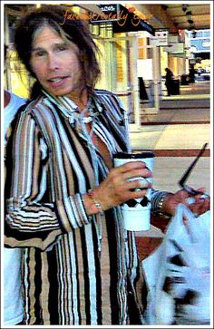 "ITZ ""SATURDAY @IamStevenT STYLE""  ... CASUAL OR NOT ... ALWAYS LOOKIN' HOT!! #STEVENTYLER #STYLIN"