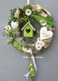 1425904617 904 You are in the right place about DIY Wreath burlap Here we offer you the most beautiful pictures about the DIY Wreath succulent you are looking for. When you examine the 1425904617 904 Easter Wreaths, Christmas Wreaths, Spring Wreaths, Diy Osterschmuck, Easy Diy, Diy Ostern, Deco Floral, Diy Easter Decorations, Diy Wreath