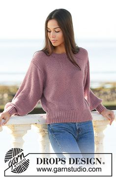 Knitted jumper with moss stitch, puffed sleeves and tight rib in DROPS Merino Extra Fine. Sizes S – XXXL. Sweater Knitting Patterns, Knit Patterns, Free Knitting, Drops Design, Crochet Design, Double Pointed Knitting Needles, Magazine Drops, Moss Stitch, Work Tops