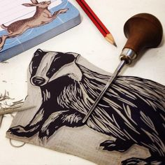 Screen printing designs printmaking lino cuts ideas for 2019 Graphic Prints, Art Prints, Block Prints, Stamp Carving, Collage Techniques, Fabric Stamping, Ink Stamps, Textile Artists, Linocut Prints