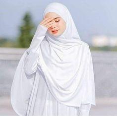 Muslimah Wedding Dress, Hijab Style Dress, Hijab Wedding Dresses, Casual Hijab Outfit, Hijab Bride, Girl Hijab, Dress Muslimah, Muslim Brides, Muslim Girls