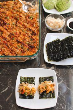 Baked Sushi Recipe, Sushi Rice Recipes, Seafood Recipes, Vegetarian Recipes, Baked Salmon Recipes, Easy Baking Recipes, Cooking Recipes, Sushi Bake, Salmon Sushi