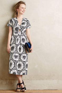 5634e99253842 Helianthus Maxi Dress - anthropologie.com Diva Fashion, Fashion Stylist,  Curvy Fashion,