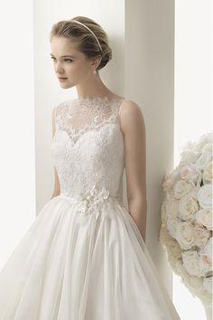 2014 Wonderful High Neck Lace Bodice A Line Wedding Dress With Organza Skirt