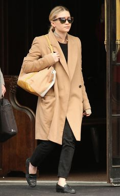 OLSENS ANONYMOUS ASHLEY OLSEN FASHION STYLE BLOG GET THE LOOK CAMEL COAT TORT CAT EYE THE ROW LINDA FARROW SUNGLASSES COLLARLESS TOP TUNIC YELLOW WHITE TAN COLOR BLOCK TOTE BAG CROPPED BLACK PANTS CROC LOAFERS CHAIN NECKLACE NYC 2013