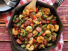 20 MINUTE SHRIMP & SAUSAGE SKILLET Quick and easy hot paleo meal with shrimp, pre-cooked sausage, and fresh chopped veggies. Try this easy recipe when you want to whip up something delicious and nutritious. Quick Paleo Meals, Paleo Recipes, Low Carb Recipes, Cooking Recipes, Keto Meal, Skillet Recipes, Paleo Food, Healthy Food, Whole30 Shrimp Recipes