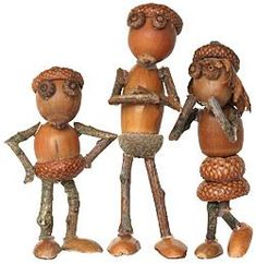 Hi, this is the only page on this dubanci website, that is translated to English. Dubanci – in English it means Acorn Elves – are funny figures from Czech Republic. Most fans mainly want to buy acorn Acorn Crafts, Pine Cone Crafts, Wood Crafts, Diy Crafts For Kids, Fall Crafts, Christmas Crafts, Arts And Crafts, Elf Products, Deco Nature