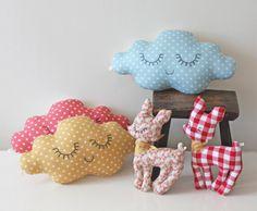 Petitehome: Cloud cushions