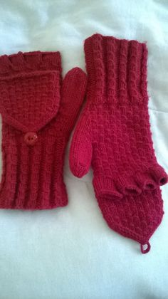 Knitted convertible mitten gloves by LavenderLassies on Etsy