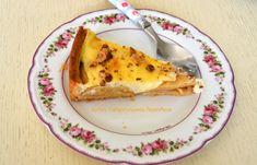 Τάρτα μήλου με κρέμα βανίλιας - cretangastronomy.gr Quiche, Breakfast, Ethnic Recipes, Desserts, Food, Pies, Morning Coffee, Tailgate Desserts, Deserts