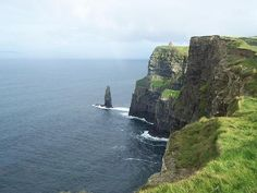 Cliff of Moer, Irland  Loved going here....very windy!!!!!