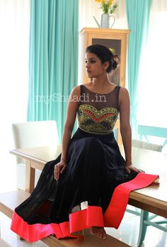 myShaadi.in > Indian Bridal Wear by Arpita Mehta http://arpitamehta.in/ - https://www.facebook.com/pages/Arpita-Mehta/482620718455205