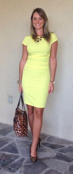 Look de trabalho - Look do dia - moda corporativa - vestido amarelo - yellow dress