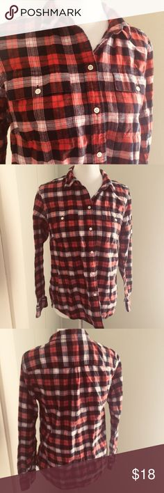 "LL Bean Signature Flannel Shirt Size 10 Super soft and lightweight flannel shirt.  Perfect condition!! Measurements  Armpit to armpit: 19"" Shoulder to hem: 24"" L.L. Bean Tops Button Down Shirts"