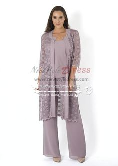 Elegant mother of the birde pant suit 3 piece outfit with lace jacket for wedding - Mother Of The Bride Pantsuits Mother Of Groom Dresses, Mothers Dresses, Wedding Pants, Modelos Plus Size, Mob Dresses, Estilo Fashion, Lace Jacket, Mode Hijab, Elegant Outfit