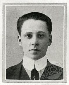 Daniel Marvin. Wealthy American passenger on the Titanic, Mr Daniel Warner Marvin, 19, from New York, NY, was the son of Henry Norton Marvin. Henry Norton Marvin was founder of the early motion picture production houses of American Mutoscope and the Biograph Company. Daniel was married to Mary Farquarson. They both boarded the Titanic at Southampton as first class passengers. They were returning to New York City from their honeymoon in Europe. They occupied cabin D-30.