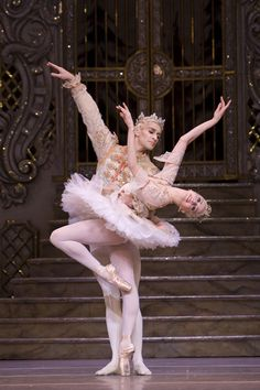 The Nutcracker (Photo © Royal Opera House Ballet)