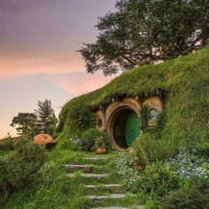 Hobbiton Village Matamata  Photo by: @shaun_jeffers  #newzealandguide to be featured  by newzealandguide