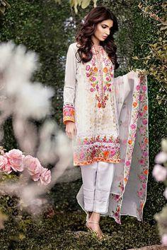 Meena Hassan pakisati alum whatsapp+91 8447723420
