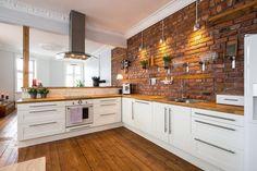 Teglsteinsvegg på kjøkken