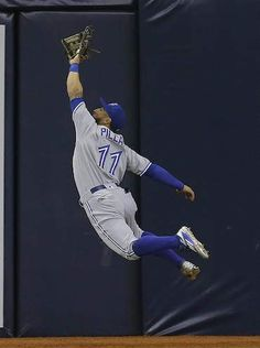 Toronto Blue Jays' Kevin Pillar does the impossible in the ...