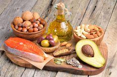 Cortar 100% as gorduras da dieta não é uma ideia boa, pois ela é essencial para o nosso organismo. Por isso, opte sempre pelas gorduras boas.